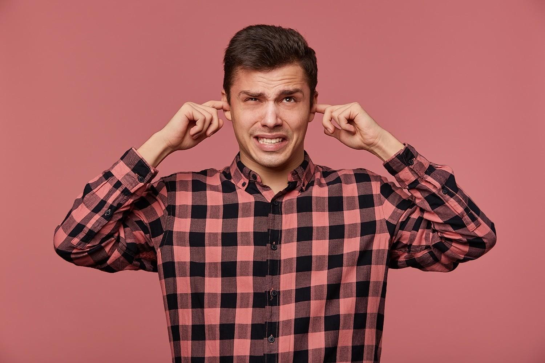 ¿Cómo se Manifiesta la Tinnitus?