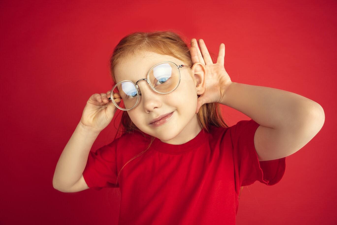 rsz caucasian little girl portrait
