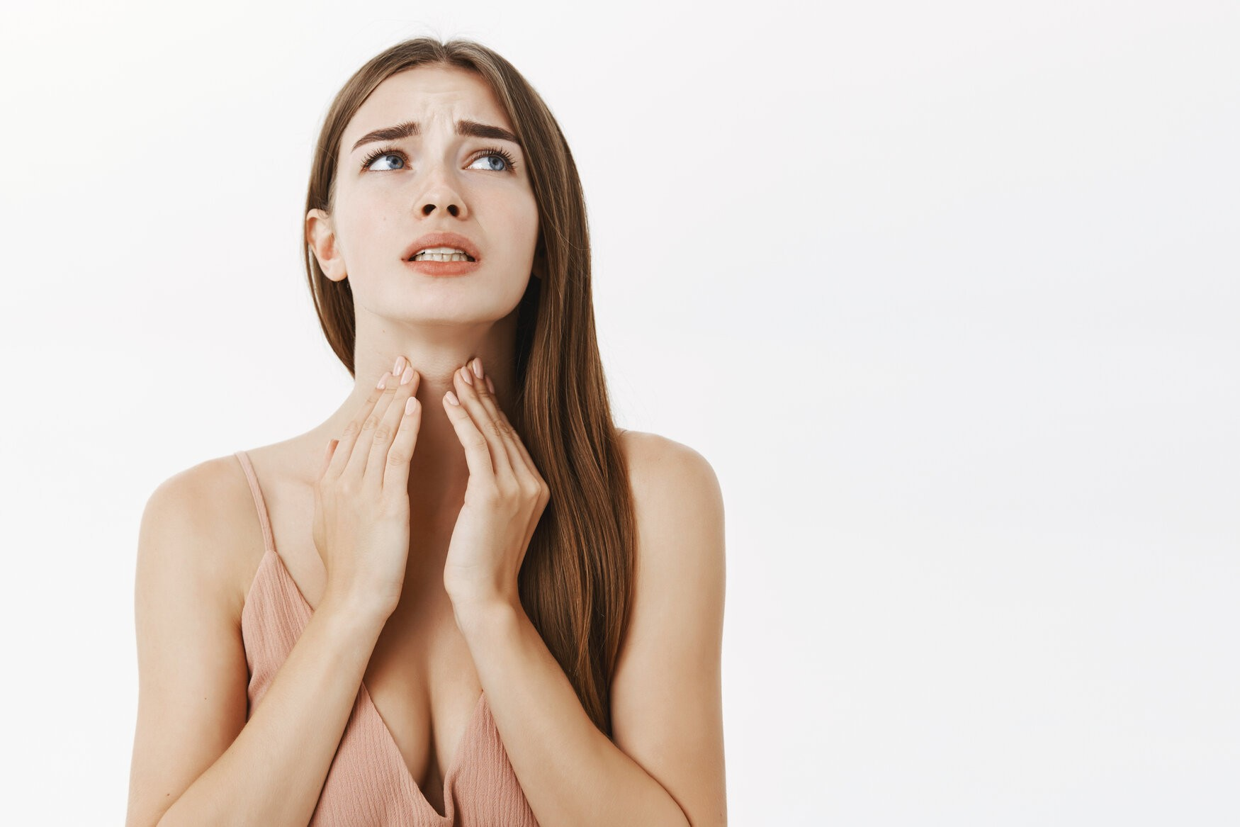 rsz woman getting ill before important meeting feeling discomfort and suffering from pain in throat touching neck frowning an clenching teeth from terrible feeling posing